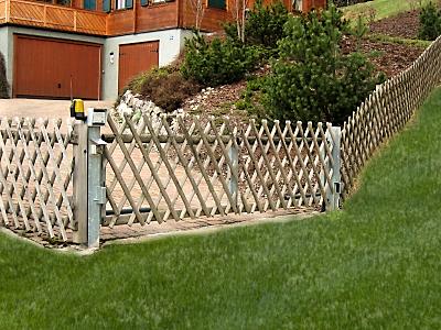 Vadászkerítés bejárati kapu